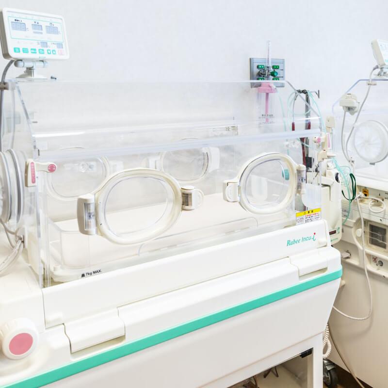 [定置型保育器]集中看護から産科ケアまでサポート